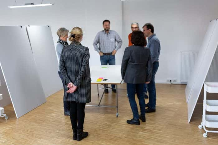 Agile Coach von Me & Company bildet neue Agile Coaches im ReThink Tank aus